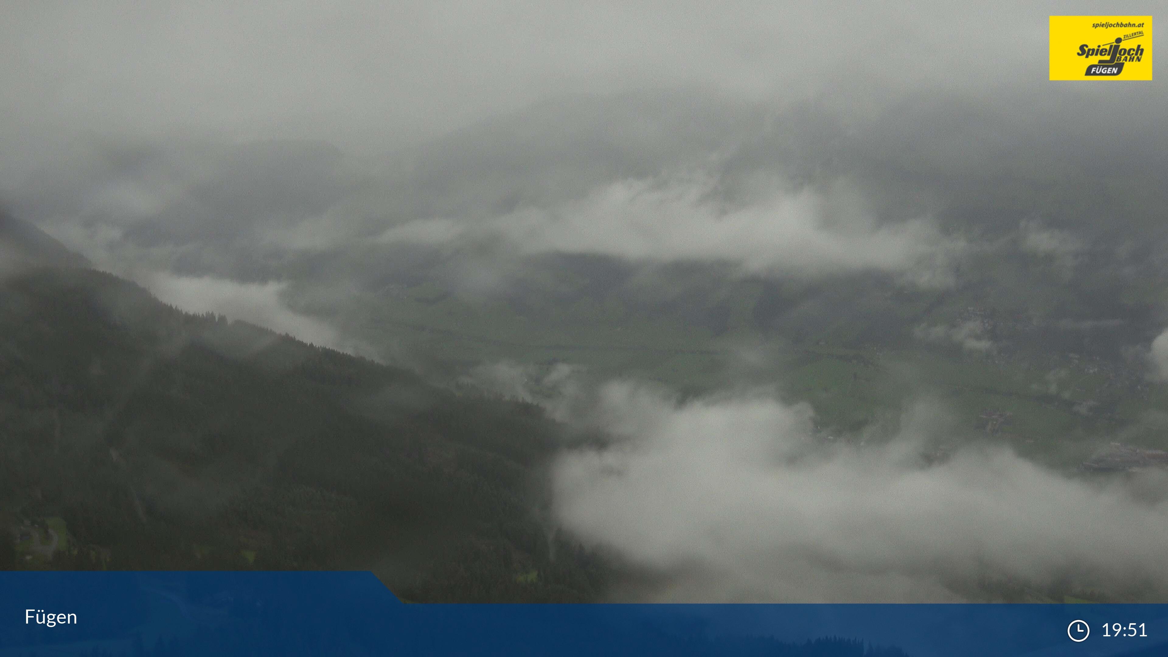 Fügen web camera - ski station Onkeljoch 1.850 m